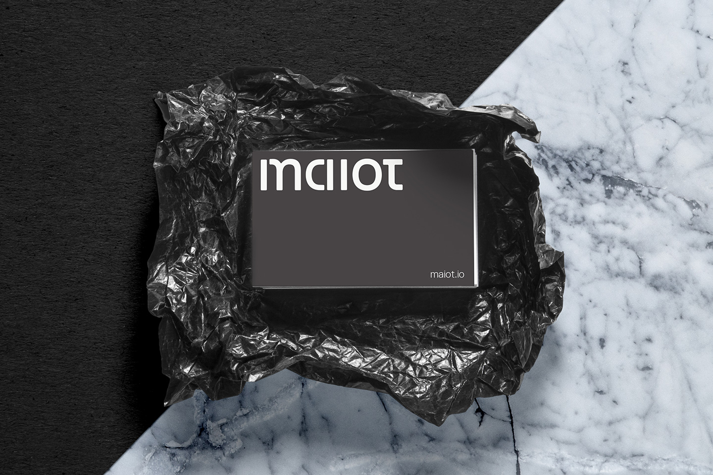 maiot_businessCards